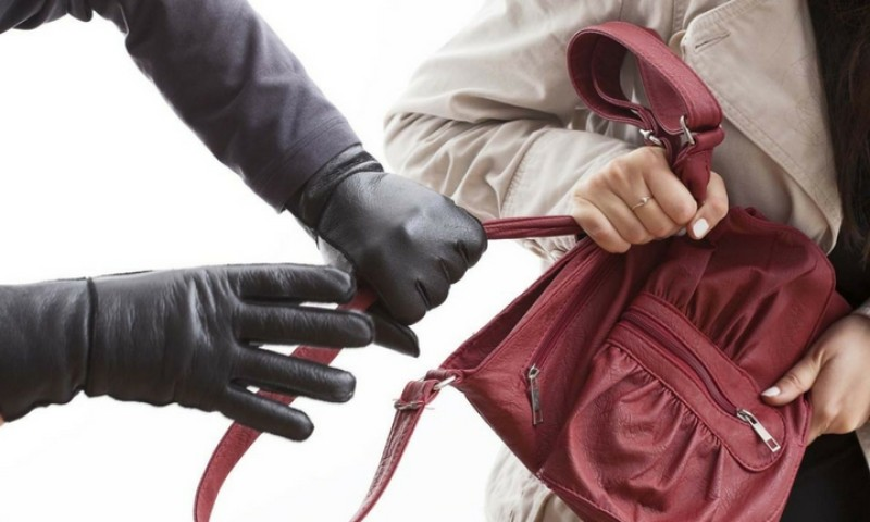 Is your apartment secure? 7 ways to protect your home from burglars!